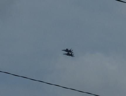 やっと本番!精華町の上空を戦闘機が飛来!!